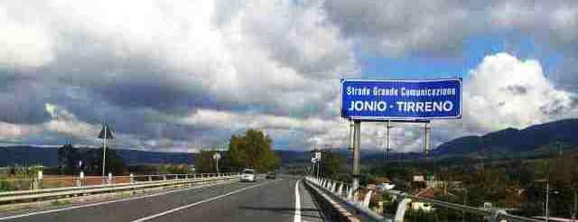 SGC Jonio-Tirreno: incidente mortale tra gli svincoli di Gioiosa e Mammola