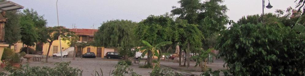 Caulonia: I vecchietti di piazza della Pace