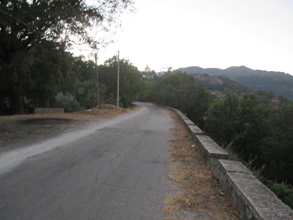 sorgente strada