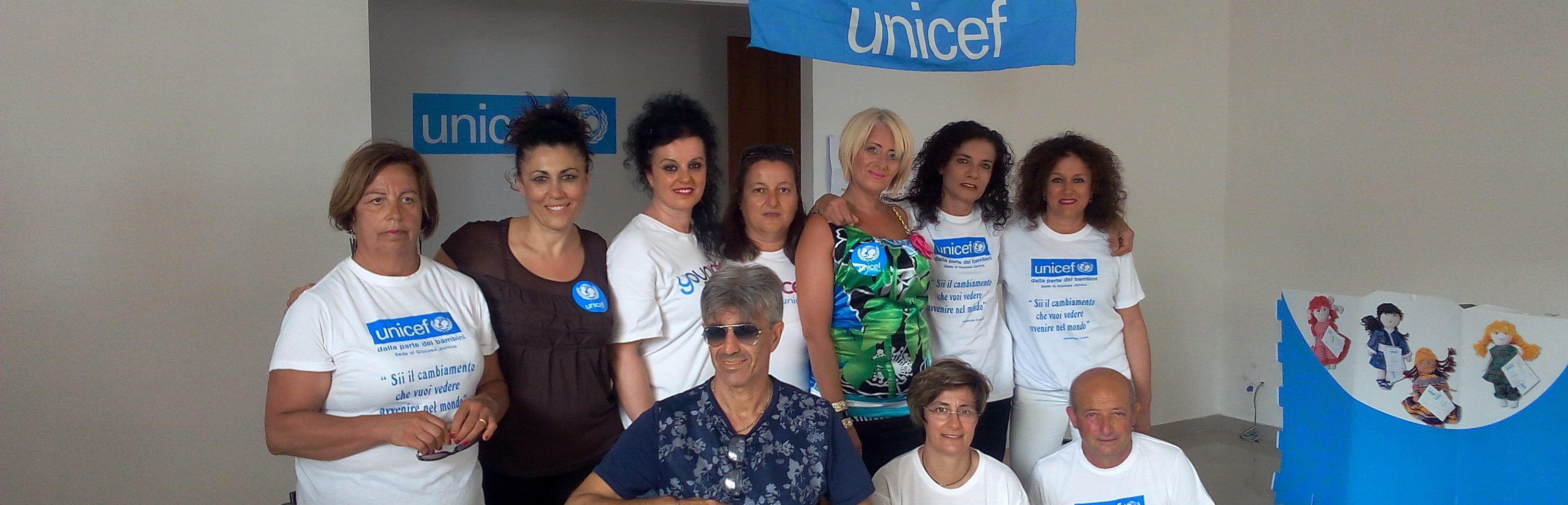 Stasera la camminata fluo dell'Unicef