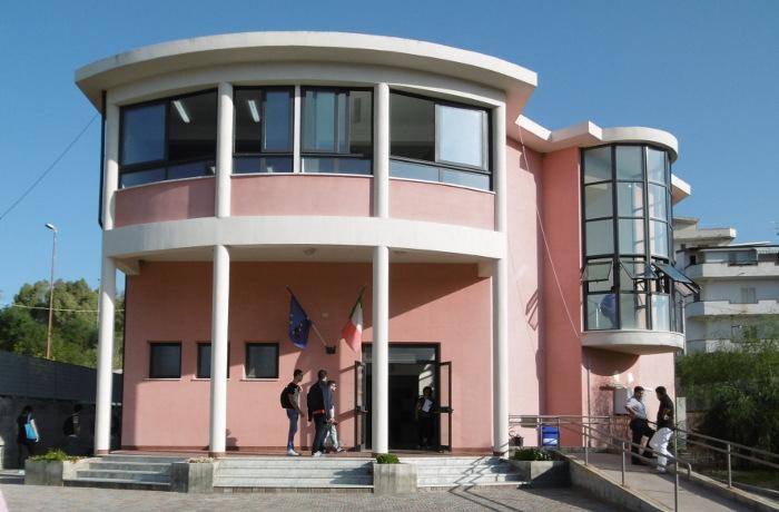 Gli studenti dell' Istituto Agrario rimarranno a Caulonia
