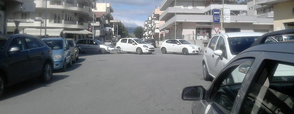 Scontro tra due auto a Caulonia