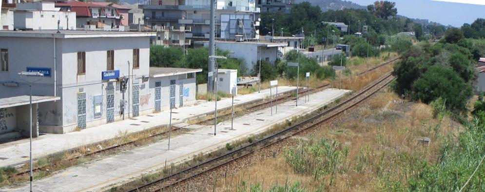 Da domani il treno per Reggio Calabria si fermerà anche a Caulonia