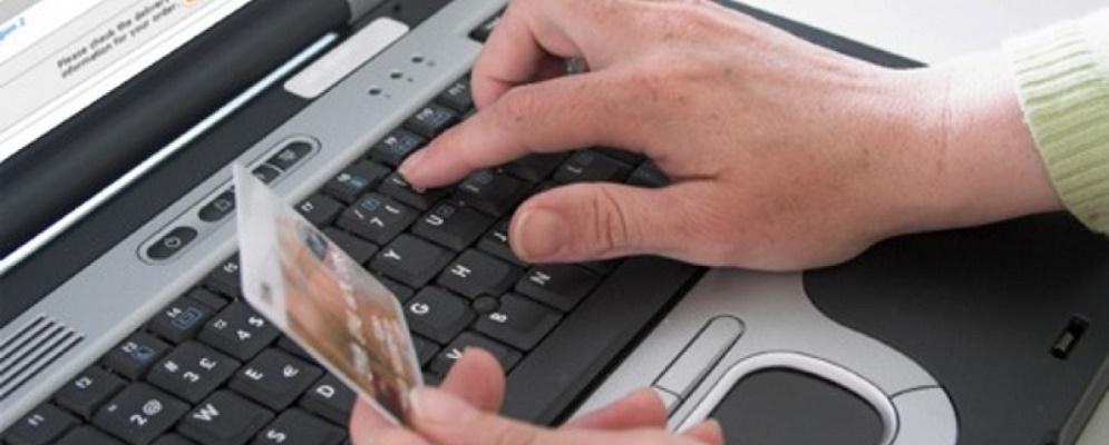 Truffatore seriale calabrese vende on line, incassa i soldi e poi scompare. Arrestato