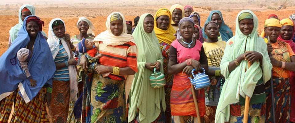 Orti per le donne e riciclo di plastica in Niger: ReCoSol racconta