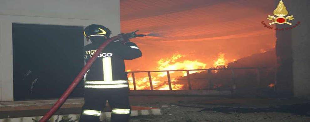 Incendiate in Calabria strutture Caritas