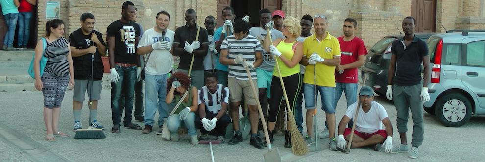 Gioiosa Jonica: volontariato per la pulizia del Centro Storico