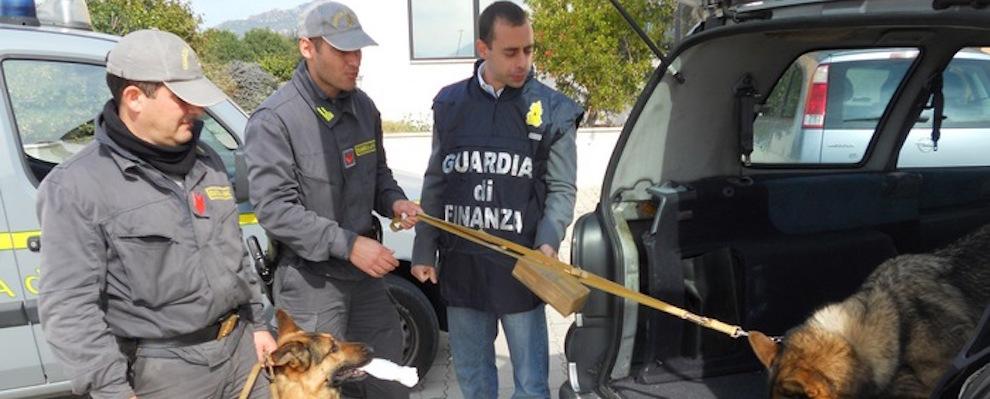 Controlli Guardia di Finanza, trovati 6,5 kg di droga