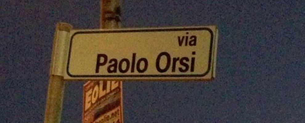 Via Paolo Orsi, i residenti segnalano il non funzionamento di un lampione
