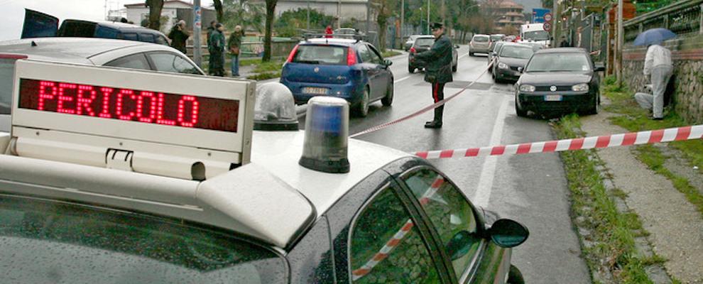 Colpi pistola contro due auto, denuncia