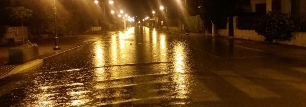 Ancora piogge e temporali, prevista allerta arancione su gran parte della Calabria per la giornata di domani