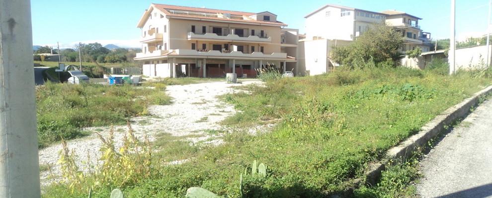 Siderno, Piazza Donisi: L' Amministrazione risponde a Libra e diffida la ditta vincitrice