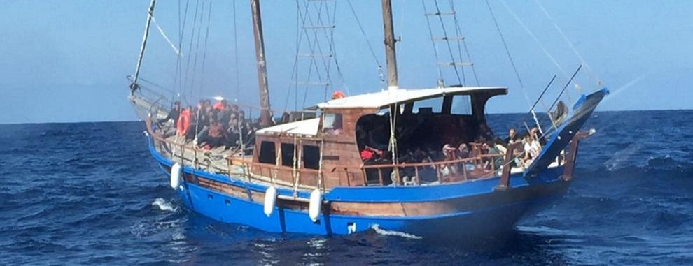 Roccella Jonica: soccorsi 116 migranti in pericolo