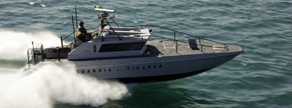 Nuovo sbarco in Calabria, in 66 intercettati e salvati dalla Guardia di Finanza