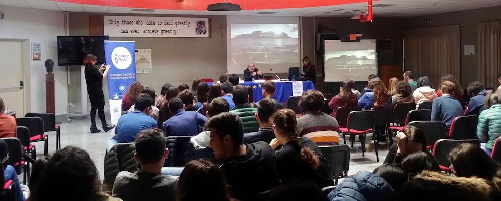 Dibattito e confronto al Liceo Zaleuco di Locri sui 60 anni dei Trattati di Roma