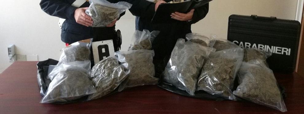 Caulonia: in auto con 6 kg di marijuana. Arrestato Simonetta Vincenzo (foto)