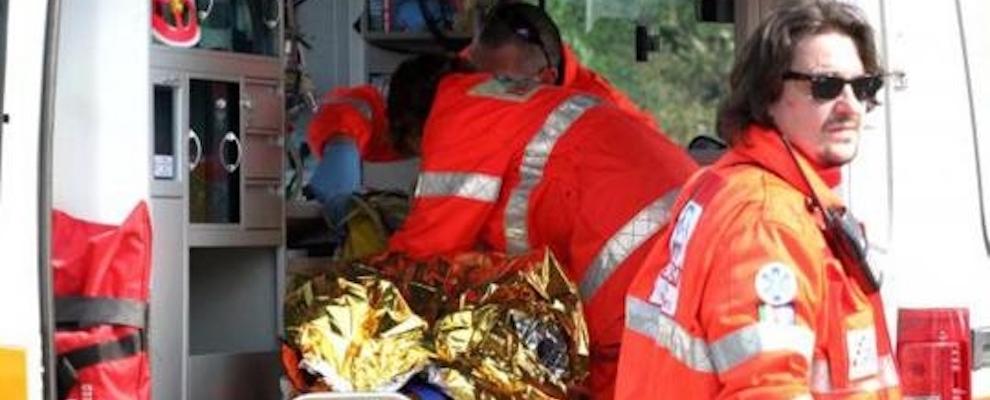 Tragedia in Calabria, studente universitario muore in un campo di calcio