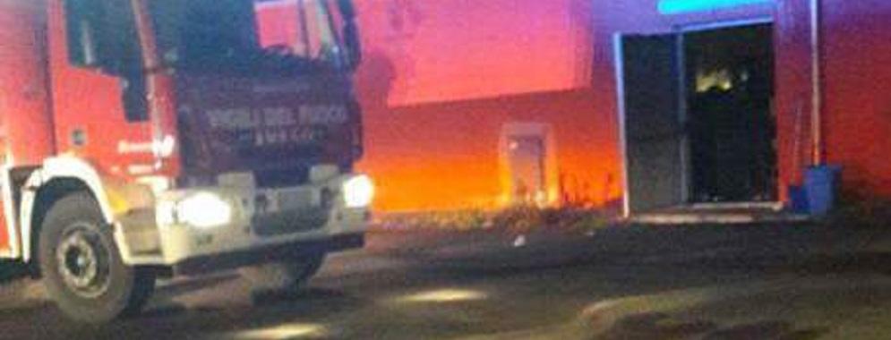 Incendio in supermercato, sospetto dolo