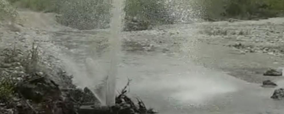 Attiviamo Caulonia denuncia fuoriuscita reflui fognari – Video