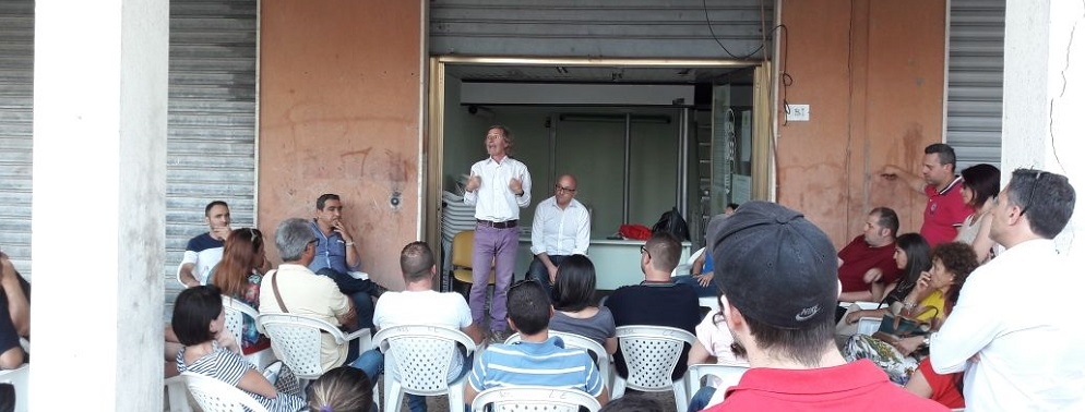 Domani l'Officina delle Idee scende in piazza a Caulonia marina contro l'Amministrazione Belcastro