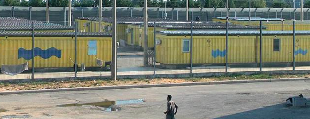 Migranti, Calabria: violazione diritti umani, sfruttamento, caporalato e malaffare.