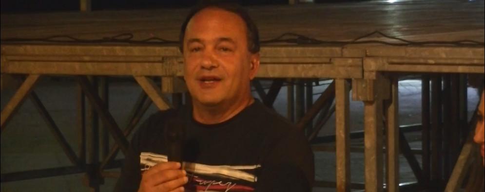 Mimmo Lucano a sostegno dei lavoratori a rischio di Ursini e San Nicola – video