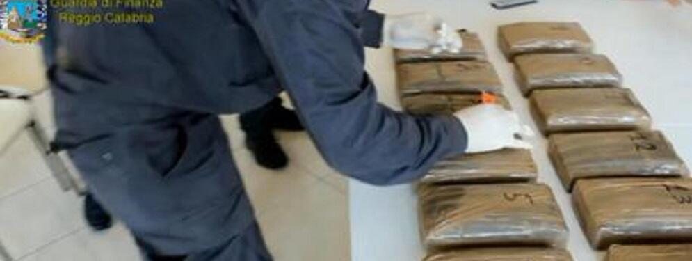 Sequestrati 216 Kg cocaina in Porto Gioia Tauro