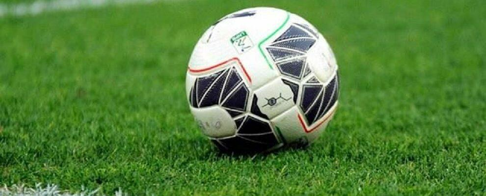 Cosenza – Reggina: La salvezza passa dal derby