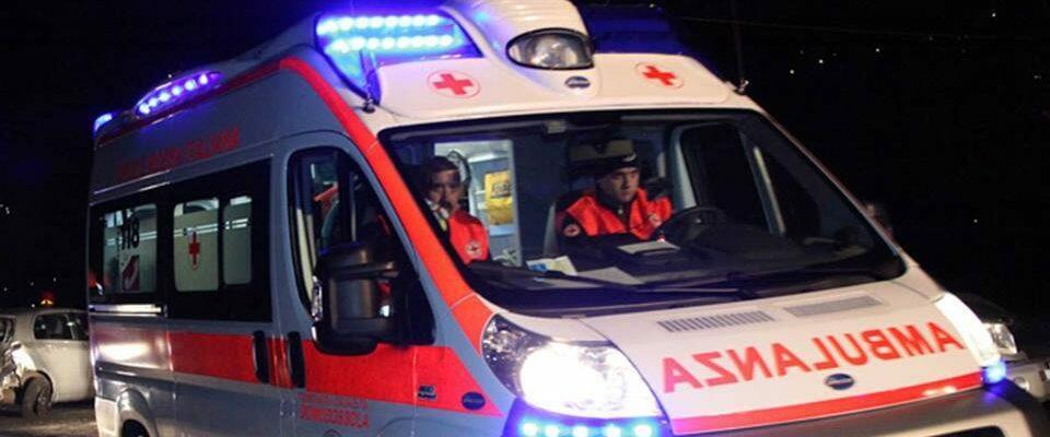 Grave incidente stradale tra Roccella e Marina di Gioiosa, muore un giovane