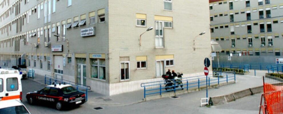 Anziana muore in ospedale dopo un intervento, 19 medici indagati