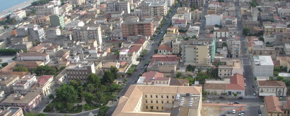"""Interrogazione del gruppo di minoranza """"Impegno e Trasparenza"""" relativa alla nomina del nuovo collegio di avvocati del Comune di Locri"""