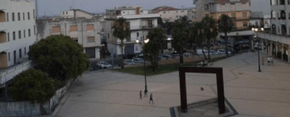 Esplosione Caulonia: prende piede ipotesi mega petardo