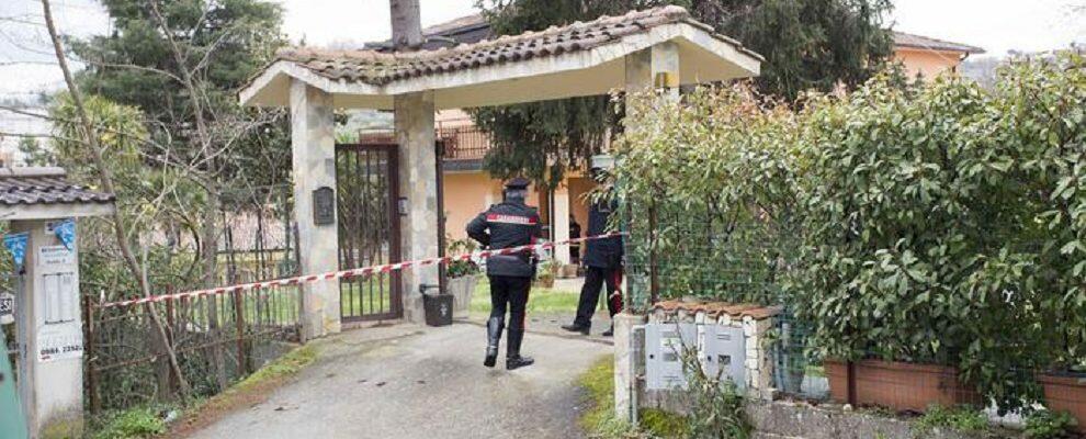 Tragedia in Calabria: rinvenuti 4 cadaveri in una villetta, ipotesi omicidio-suicidio