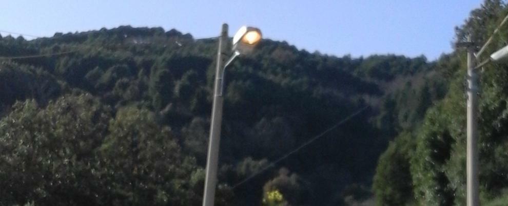 Segnalazione: spreco di illuminazione pubblica a Campoli di Caulonia