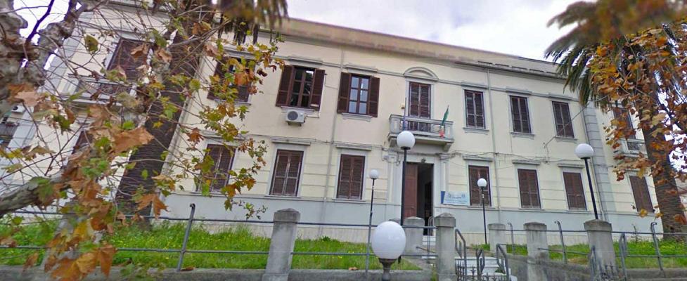 """L'Amministrazione comunale di Polistena intende acquisire il """"palazzo degli uffici"""" dell'ex pretura"""