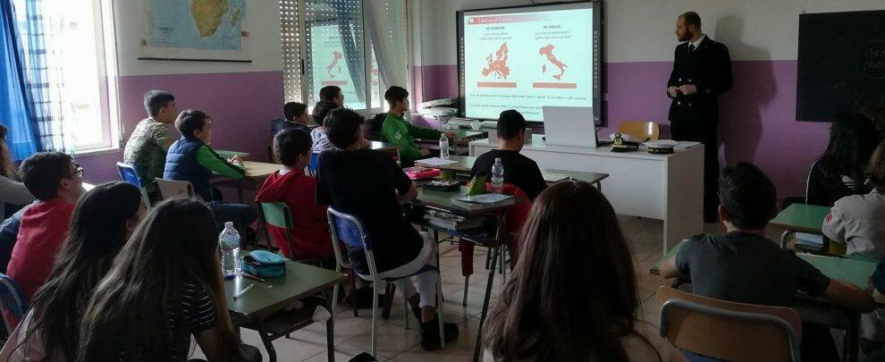 Guardia Costiera di Roccella Jonica nelle scuole della Locride: oltre 800 studenti coinvolti