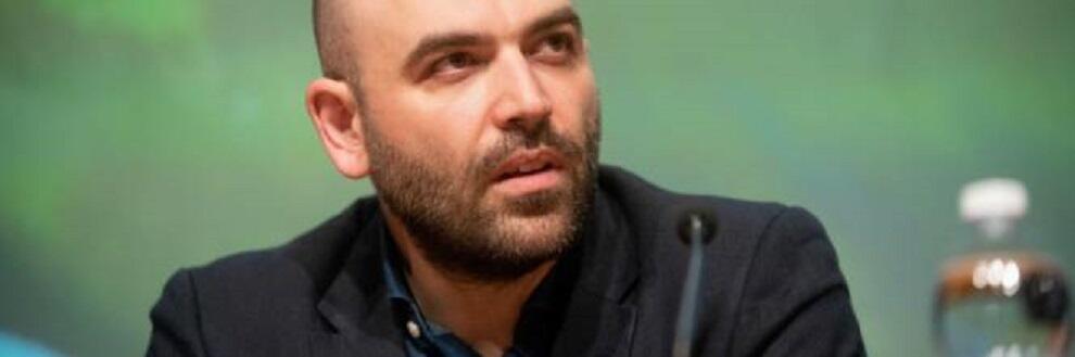 """Saviano: """"Casarini e Lucano ci fanno sentire fieri di essere italiani. Loro non scappano"""""""
