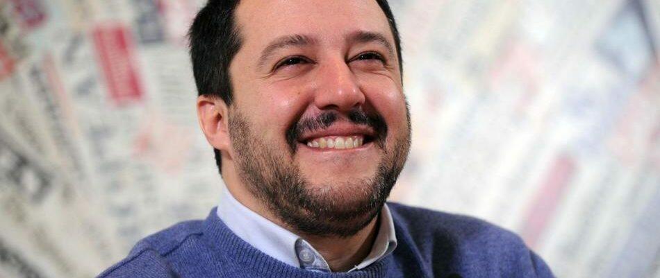 Salvini pensa al falso problema dei migranti mentre agli italiani aumentano le bollette