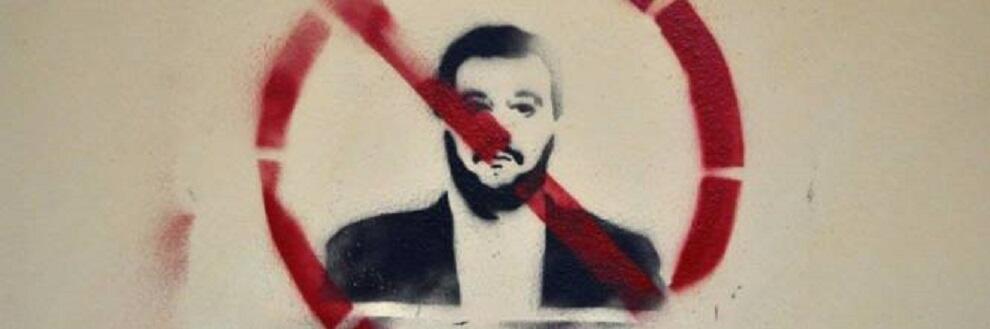 I calabresi contestano Salvini e insegnano la dignità all'Italia intera