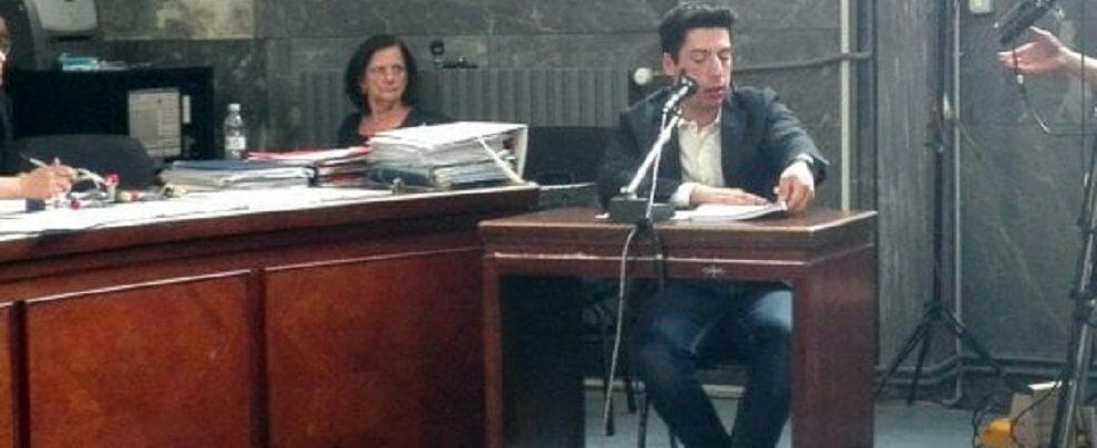 """Processo alla famiglia Bossi, il Trota: """"Non sapevo di essere laureato"""""""