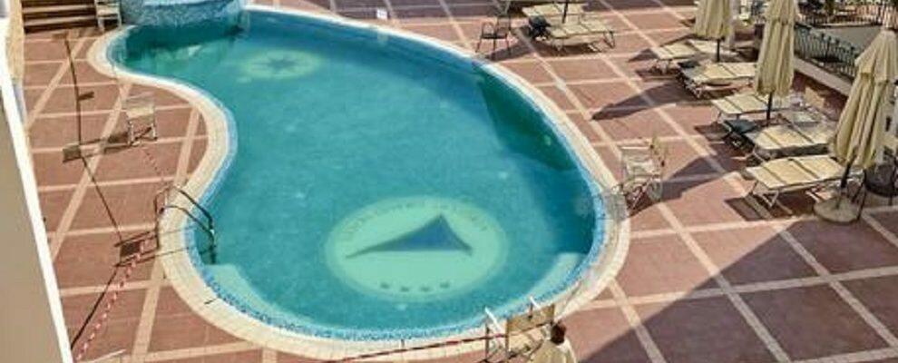 In Calabria un tredicenne è morto annegato in piscina