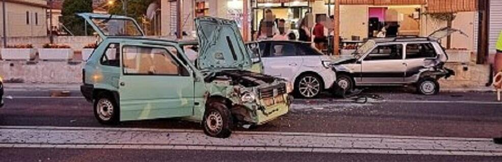 Incidente statale 106, gravemente feriti due coniugi