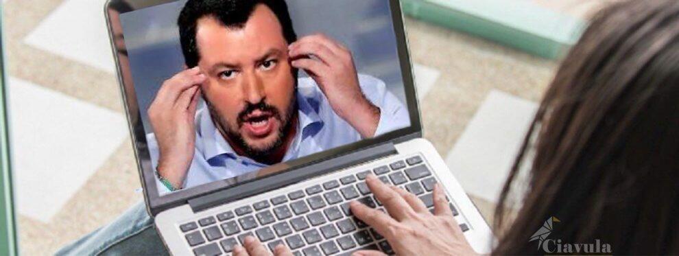 """""""Capitan Coniglio"""", """"Sei finito"""": la popolarità di Salvini crolla sui social"""