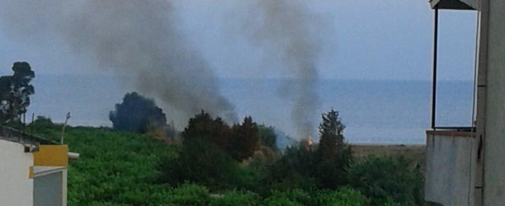 Incendio in Contrada Aguglia di Caulonia