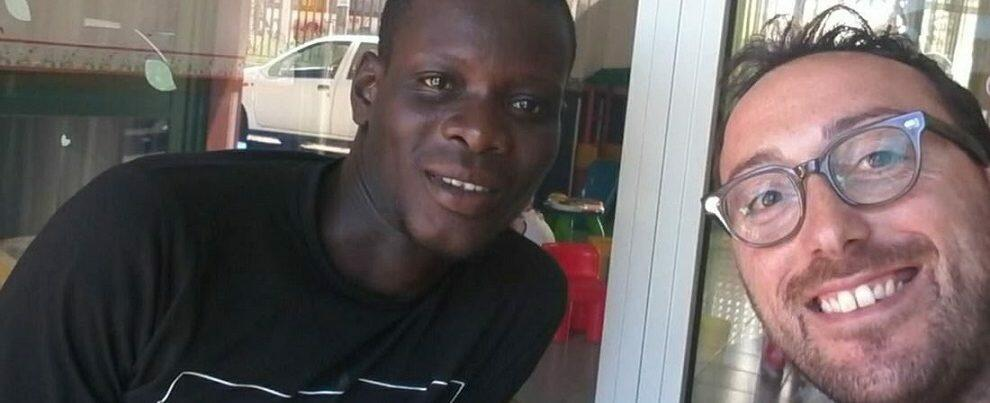Viaggio della speranza si trasforma in tragedia per un giovane migrante. Parte su Facebook una gara di solidarietà