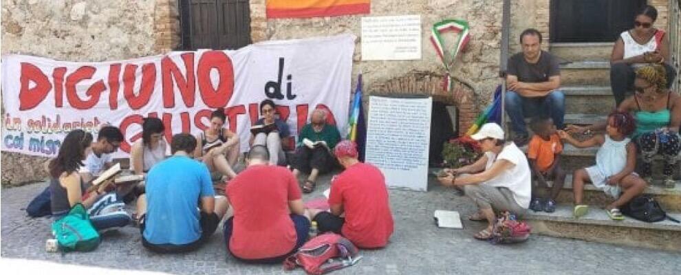 """Lucano al Riaceinfestival: """"Per salvare il nostro paese faccio lo sciopero della fame"""""""