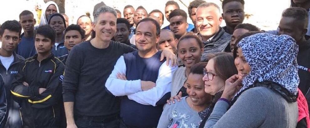 #IoStoConMimmo, la solidarietà del web al sindaco di Riace dopo l'arresto