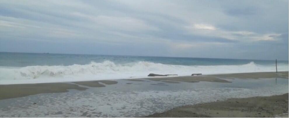 L'irruento mare di Caulonia – video