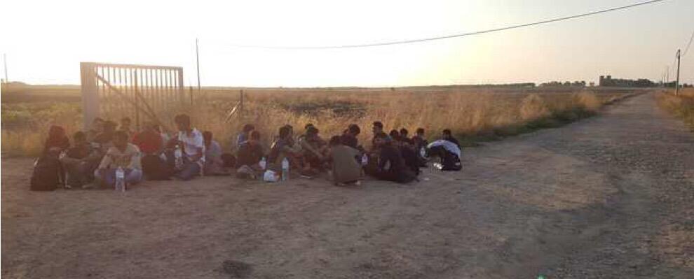 Sbarcati 32 migranti questa mattina in Calabria