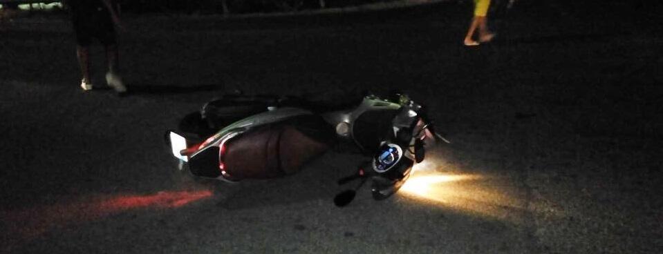 La Ss. 106 colpisce ancora: padre e figlio in moto investono un pedone